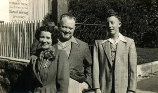 Maxwell and parents, Katoomba, circa 1952
