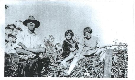 Les Baker, Daisy Moore and Mavis