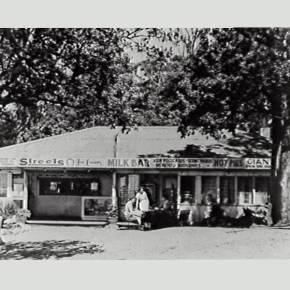 Bulli Lookout Kiosk - 1950s