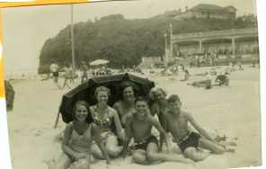 Austinmer Beach - Late 1940s